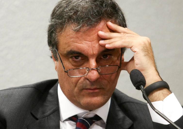 Ministro JosÈ Eduardo Cardozo fala na CCJ do Senado