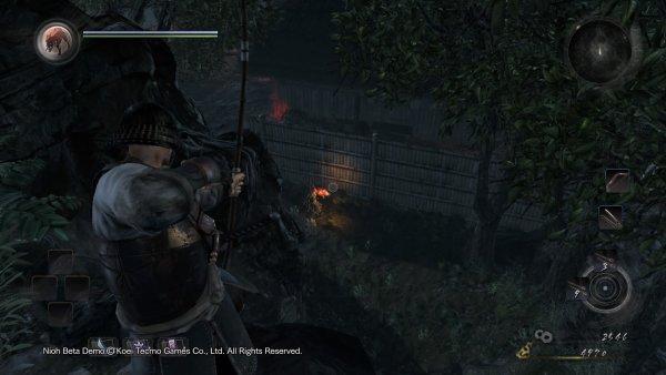 O arco e flecha é um bom armamento para atrair os inimigos